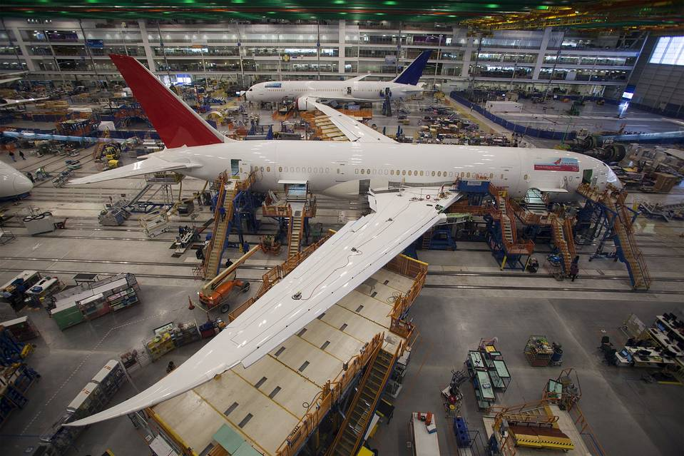Iran Says Boeing Offers New Aircraft During Tehran Trip-IBP